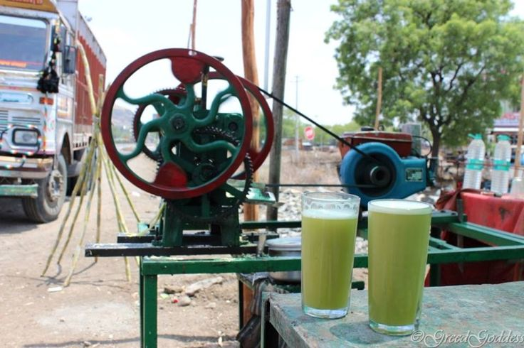 Enroute to Indore on NH 3 ......we stopped by to take a break in this sweltering heat and relish a glass of this refreshing ‪#‎Summer‬ drink to cool ourselves... ‪#‎Sugarcane‬ juice - always gives an instant boost of energy and is full of taste. A great anti-oxidant and detoxifier it has many health benefits too. Check the interesting Sugar Cane extractor , a very basic which does its job very well. ‪#‎SummerDelight‬