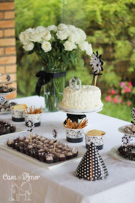 festa preto e branco
