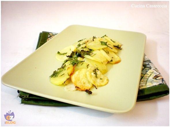 Filetti di pesce al forno con patate ricetta secondi