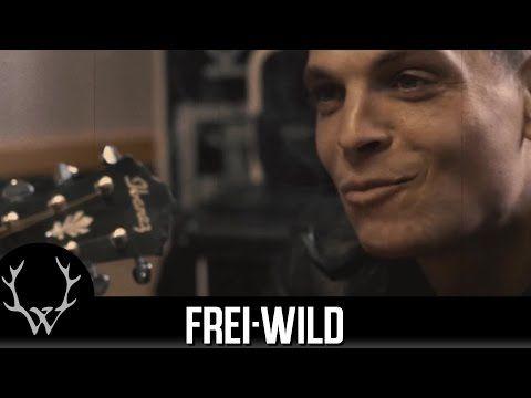 """Frei.Wild - Lügen und nette Märchen [Offizieller Band & Freunde """"Still"""" Proberaum-Clip] - YouTube"""