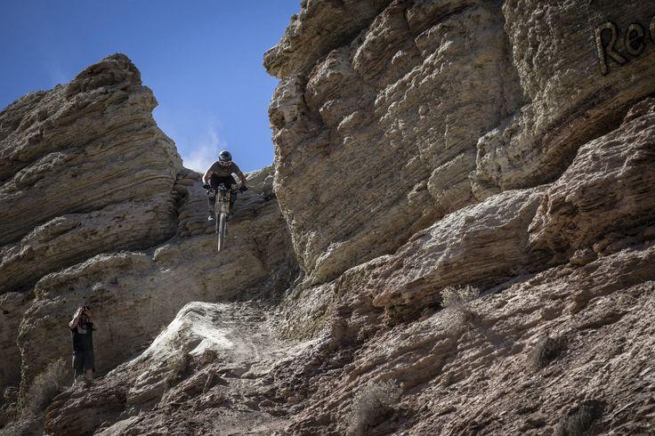 Nicholi Rogatkin #love #mountainbiking #extremesports #specialized #kaliprotectives #ninjagloves @nicholirogatkin #xtremespots