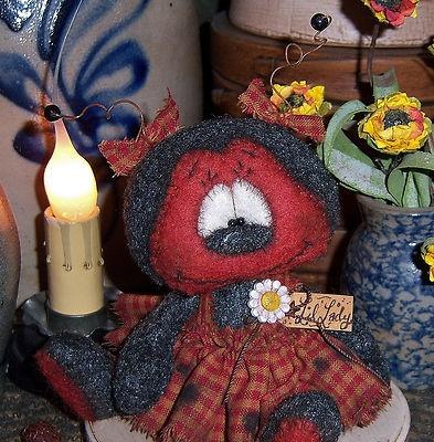 "Primitive Raggedy Ann Ladybug Bug Bear Flower 4"" Doll Vtg Patti's Ratties"