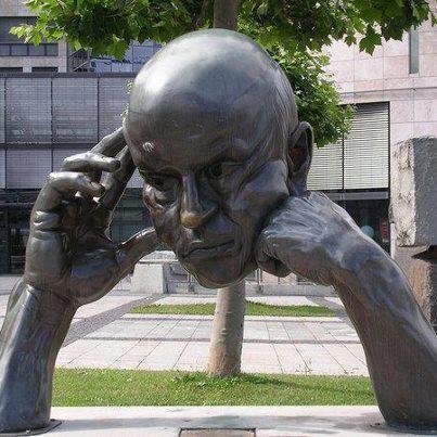 """""""Think partner"""" by Hans-Jörg Limbach, 1980. in front of the Friedrichsbau, Stuttgart, a loan from Erich Hildenbrand"""