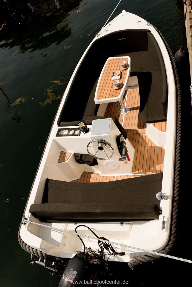 Boot CORSIVA 475 New Age Motorboot Angelboot Sportboot 4,75m NEU NewAge 15 PS