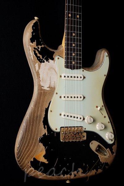 Fender Guitars: John Mayer (Black One)