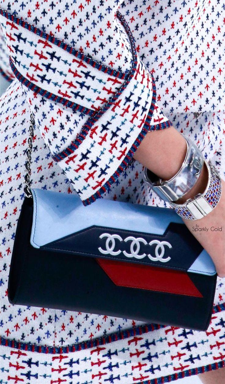 Chanel RTW SS 2016 #ChanelAirlines Visit espritdegabrielle.com | L'héritage de Coco Chanel #espritdegabrielle