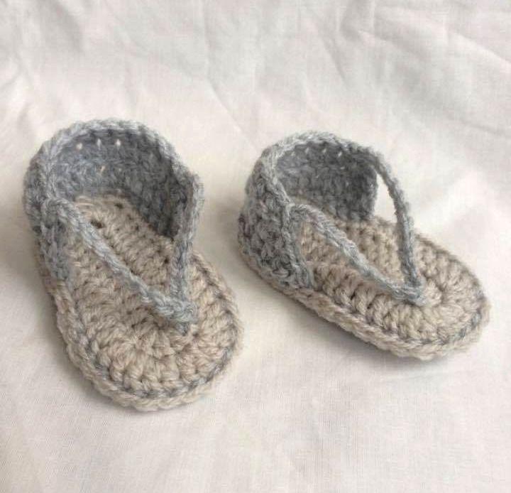 Tong pour bébé au crochet : Mode Bébé par fannylou