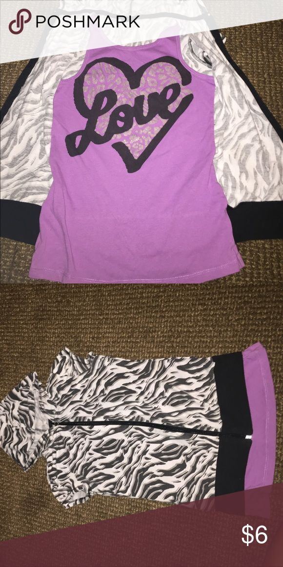 """Cutest Animal print zip up hoodie Slightly used short sleeve hoodie with attached tank inside.  Tag was cut off... well you know kids they don't like it because it's """"itchy"""" 😊 Shirts & Tops Tees - Short Sleeve"""