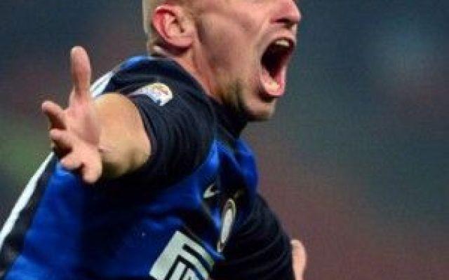 L'Inter offre un ingaggio dimezzato a Cambiasso: il giocatore rifiuta #inter