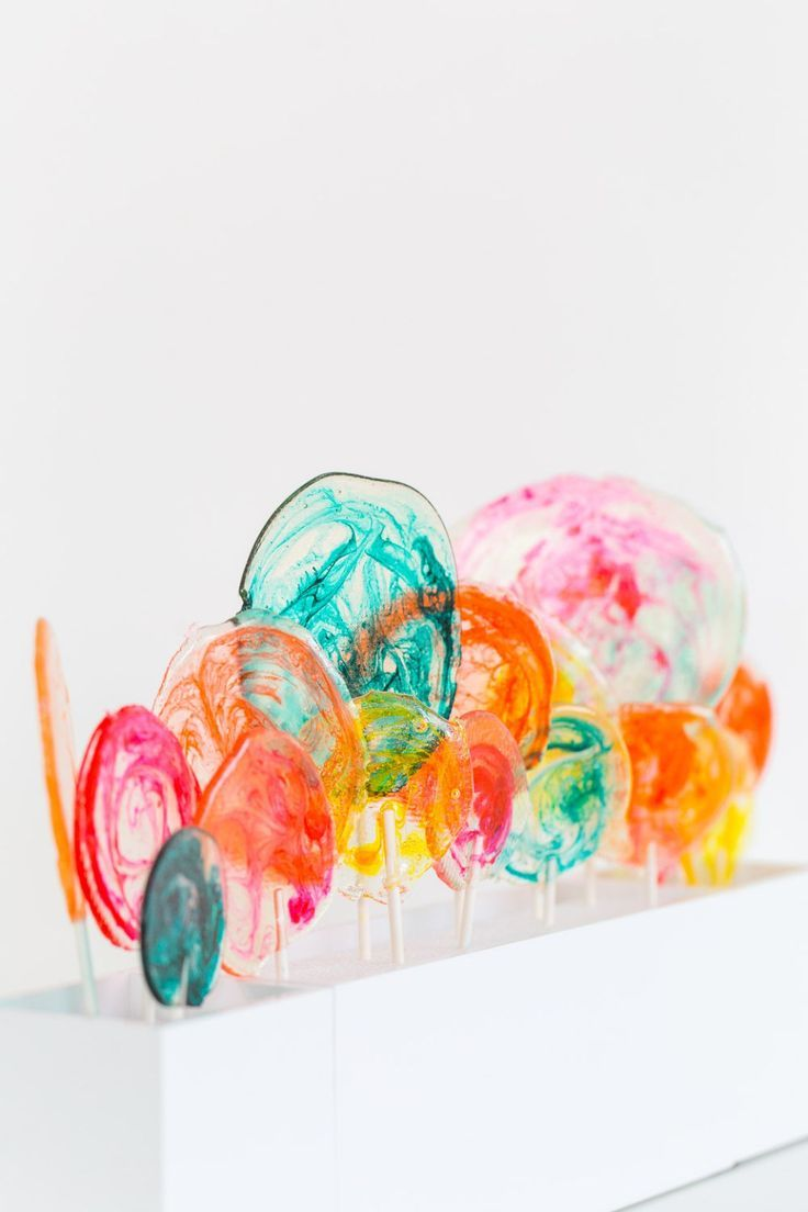 marbled DIY spiked lollipops