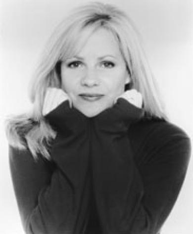 Bonnie Hunt: such a funny, talented, kind hearted person. Agreed, remember seeing her on Beethoven & Beethoven's 2nd as Alice Newton