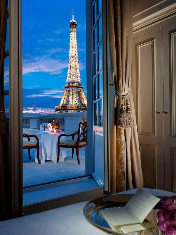 Beautiful view of the Eiffel tower from the terrace of Shangri-La Hotel, Paris ♥️ | Most Beautiful