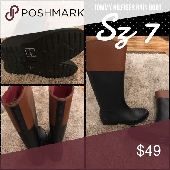 Tommy Hilfiger Brown/Black Rain Boots: Sz 7🎀 These are a very classic rain boot. These will get you through many rainy seasons! As you can see by the soles, they have very little wear. 🎀 Tommy Hilfiger Shoes Winter & Rain Boots