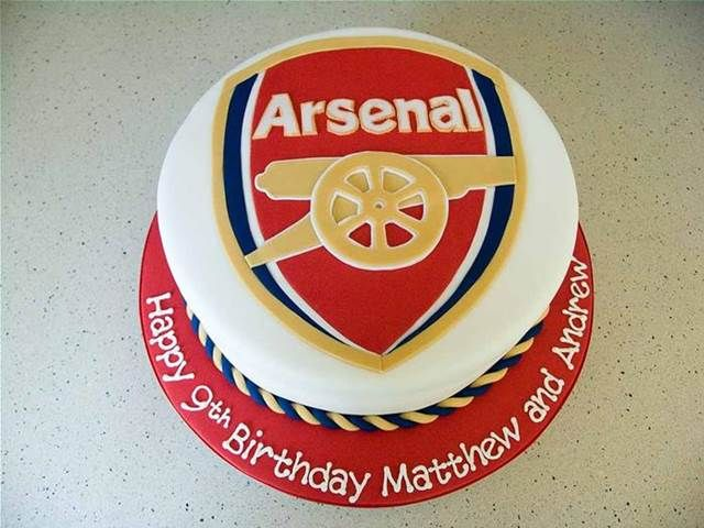 Arsenal Logo Cake