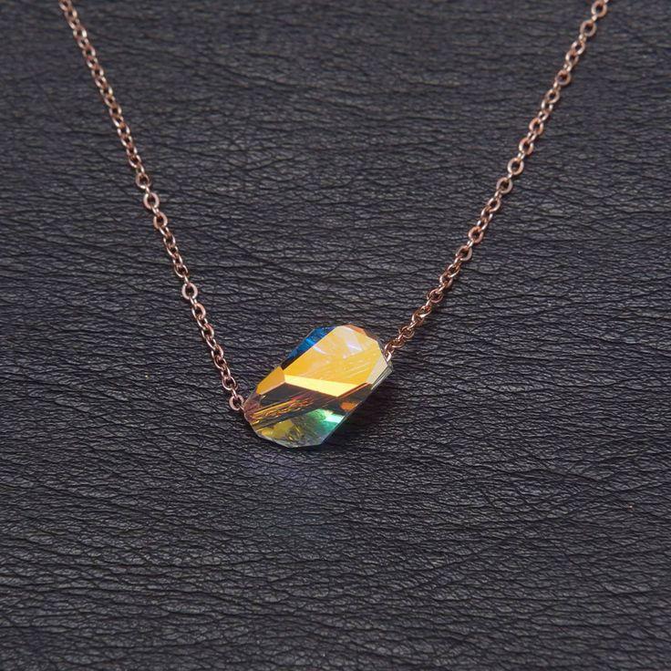 Νέα σειρά που αιχμαλωτίζει......... Κολιέ από ατσάλι σε απόχρωση του rosegold με πέτρα swarovski αποκλειστικά στο κατάστημα Haritou!!!! Τιμή:14.90€