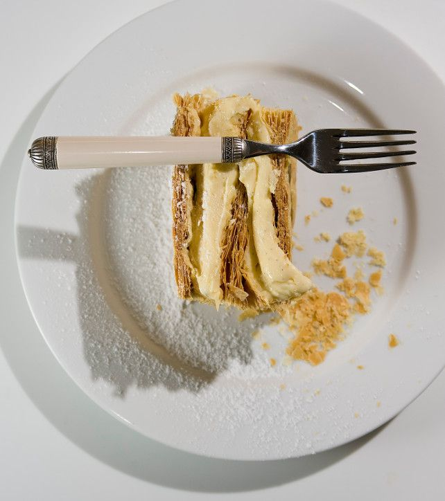Ουδείς γνωρίζει ποιος εφηύρε το mille-feuille (μιλφέιγ), που το όνομά του σημαίνει «χίλια φύλλα». Πάντως, το γλυκό υπήρχε ήδη τον 17ο αιώνα.