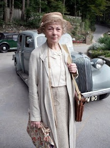 Geraldine McEwan as Miss Marple
