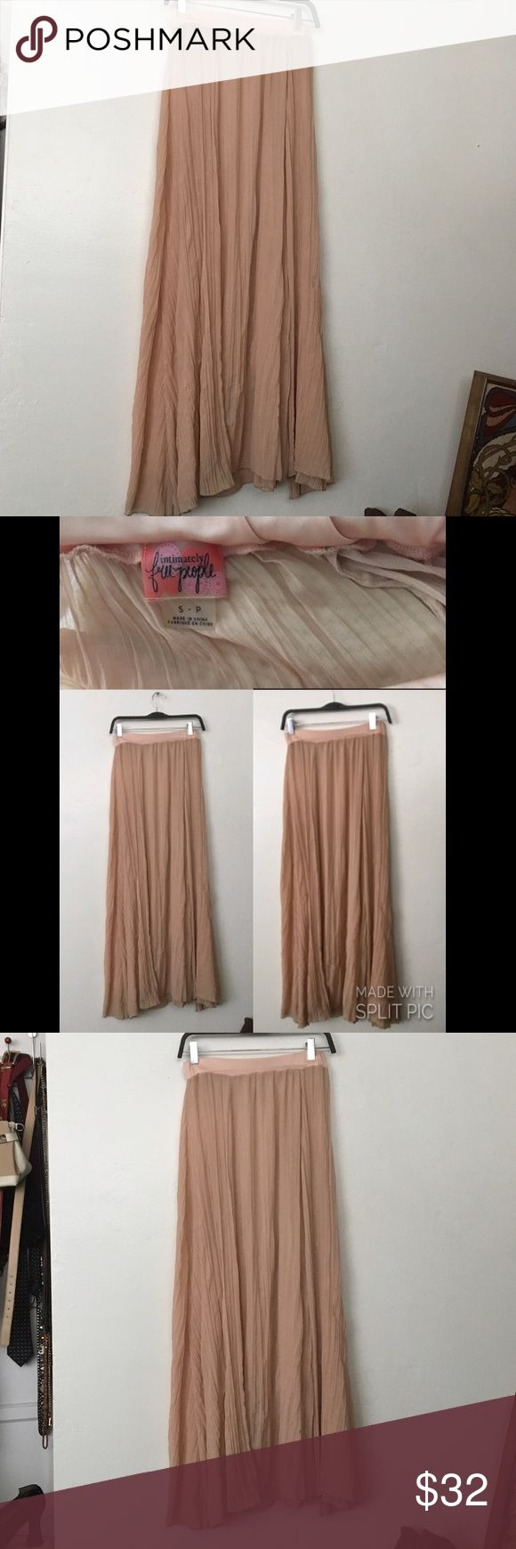 Intimately Pale Pink Pleated Maxi Slip Skirt Small Elastic waist will fit small - medium in excellent condition Free People Skirts Maxi