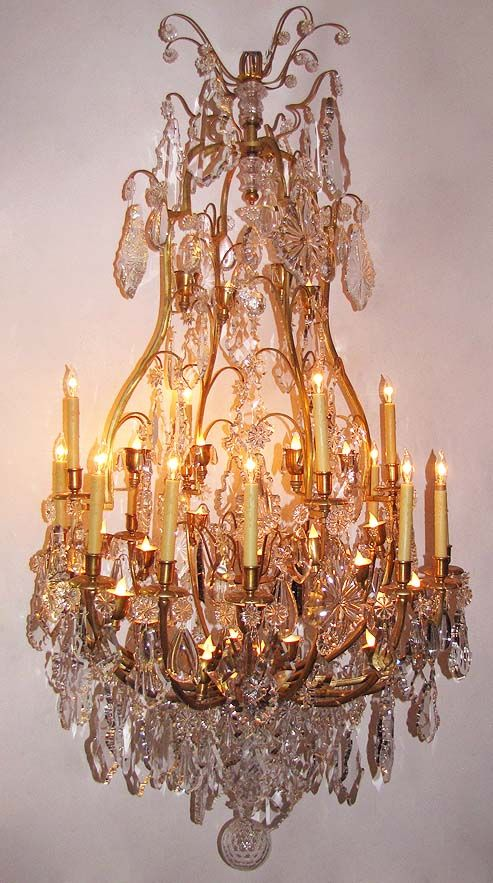 1927 best Beautiful Chandeliers images on Pinterest | Crystal ...