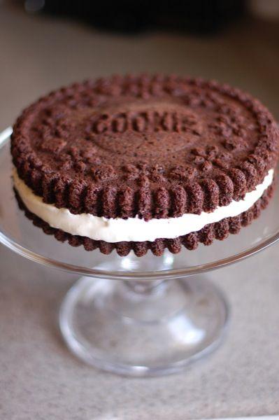 Giant Oreo Cookie Cake with White Mountain Frosting recipe