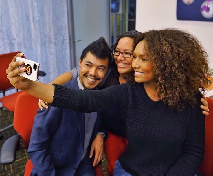 Janet Mock: Shared selfies with amazing activists -- Susana from El/La Para Trans Latinas & Geoffrey from GSA Network -- at the Arcus Foundation today!  @rslobodan #badass #livesoffeminists