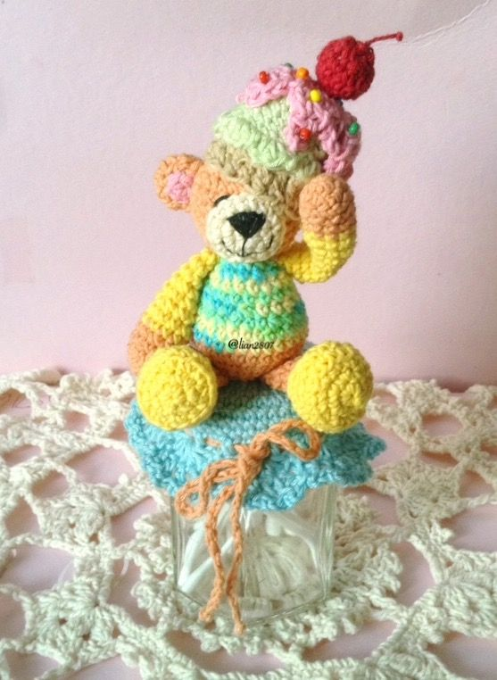 Teddy bear jar cover