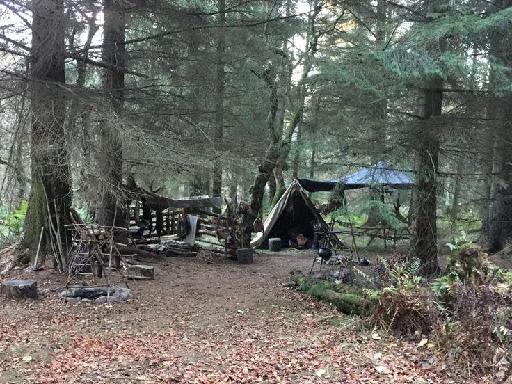 Behind the Scenes Photos of 'Outlander' Season Four Filming in Beecraigs Country Park   Outlander TV News