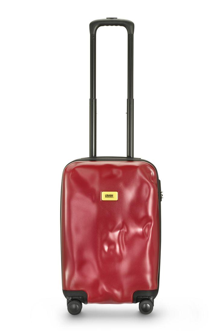 Crash Baggage Passion Red 4 wheels