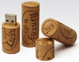 Wine Cork Flash Drive - I need a couple of these!