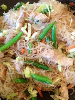 how to cook filipino pancit noodles