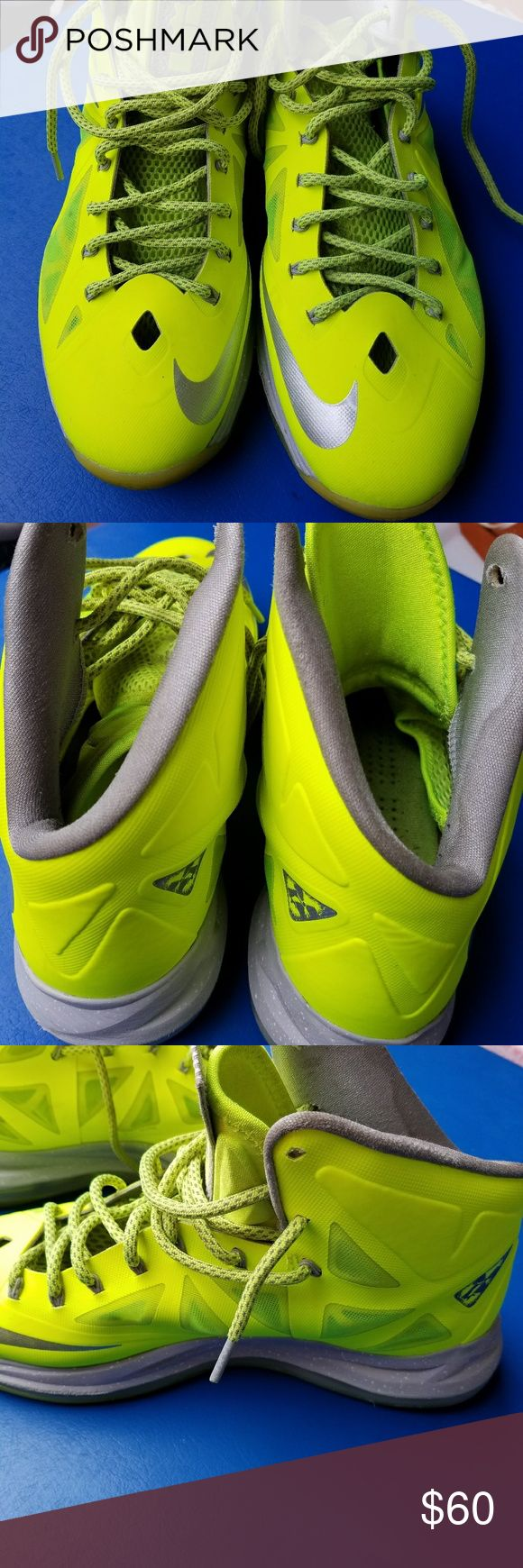 Nike LeBron James Nike LeBron James size 10 Nike Shoes