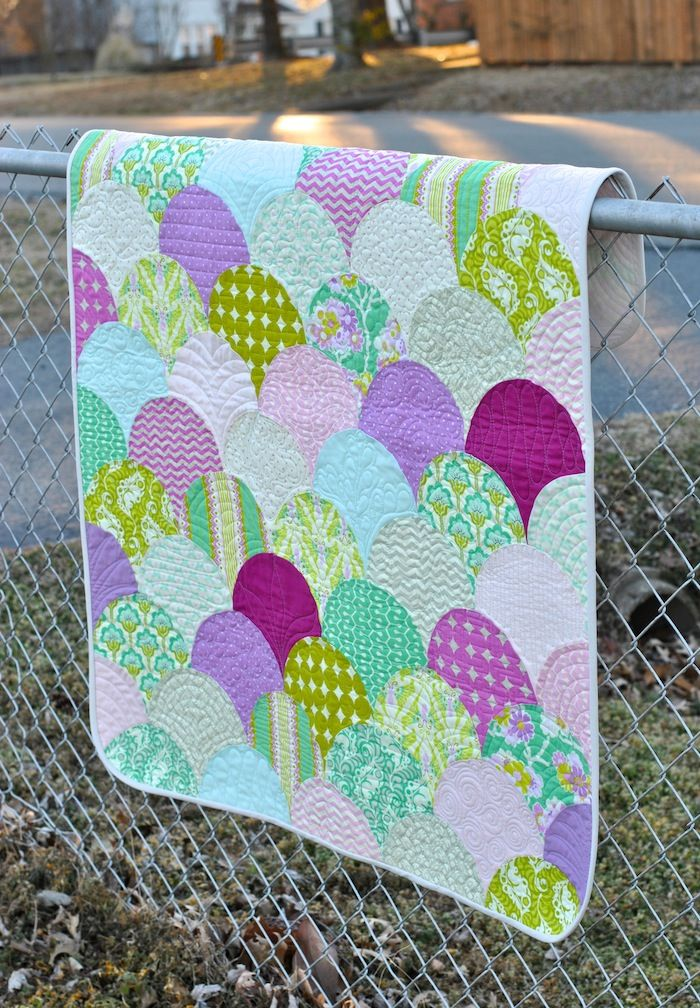 Heather Bailey Clamshell Quilt: True Colors Blog Tour   Giveaway!