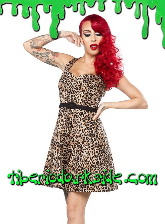 Vestido pin up estampado de leopardo, con escote en forma de corazón y falda de vuelo. Cremallera lateral. Cinturón incluido. Materiales: 95% algodón, 5% spandex. Marca: Sourpuss.  COLOR: NATURAL TALLAS: S, M, L, XL, XXL, 3XL  S - 82 cm pecho (EU talla 36, MEX talla 26, UK talla 8) M - 88 cm pecho (EU talla 38, MEX talla 28, UK talla 10) L - 94 cm pecho (EU talla 40, MEX talla 30, UK talla 12) XL - 100 cm pecho (EU talla 42, MEX talla 32, UK talla 14) XXL - 106 cm pecho (EU talla 44, MEX…