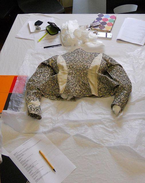elizabethan jacket; bath museum of fashion; late 16th cent.