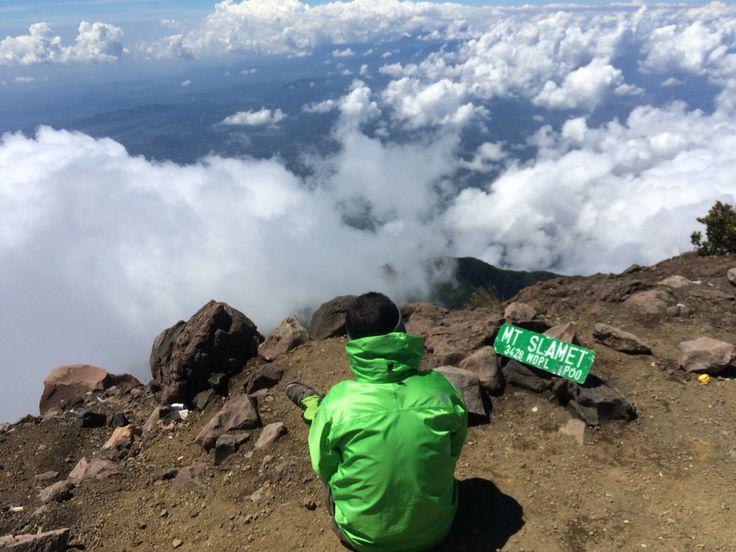 sky viewer top of mount slamet indonesia