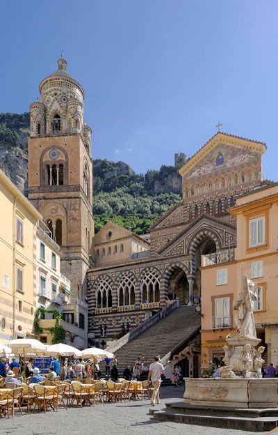 Amalfi Cathedral is a 9th-century Roman Catholic structure in the Piazza del Duomo, Amalfi, Italy. With the remains of Apostle Saint Andrew.