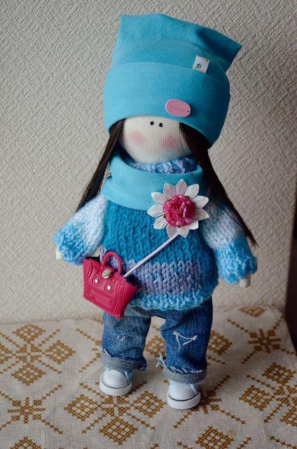 Elena Take hobby: девочка в вязанном свитере