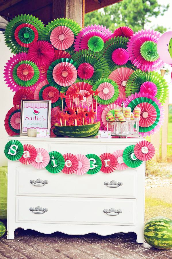 Best 25 watermelon party decorations ideas on pinterest for 1 birthday decoration ideas