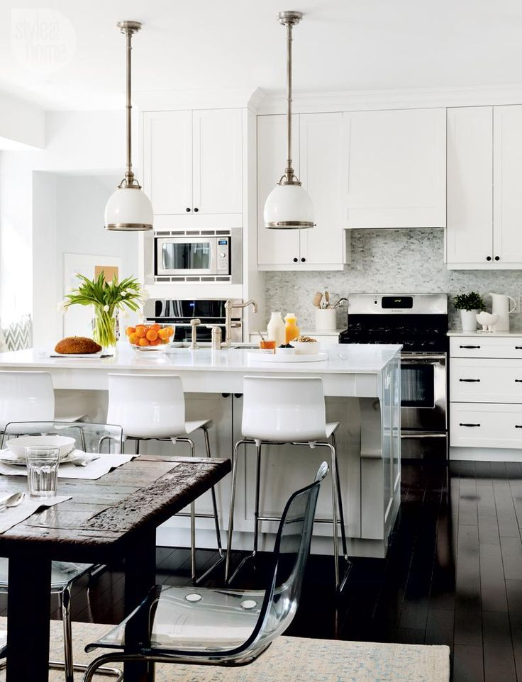 Kitchen design: Timeless and contemporary {PHOTO: Donna Griffith}