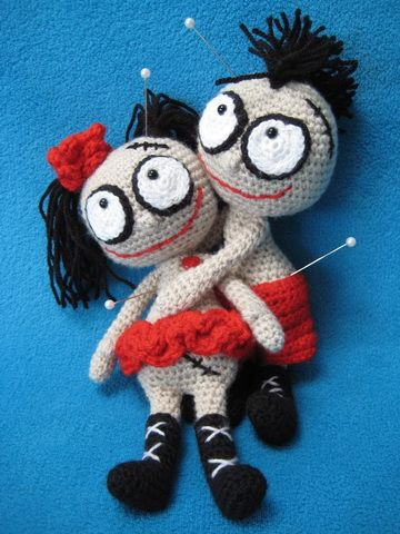 Mister And Misses Voodoo Doll Amigurumi Pattern