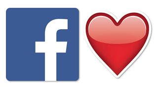 What Is The Red Heart On Facebook? - Wall Status  What is the red heart on people's Facebook walls and status messages? Facebook users are posting the heart to spread awareness about breast cancer. Similar to the fruit game on Snapchat not everyone received the key to the game. It's great to see love being spread on a dominant platform like Facebook.  Facebook is here to stay. Every year we consider the theory that Facebook is dead. Innovative social media networks like Snapchat are…