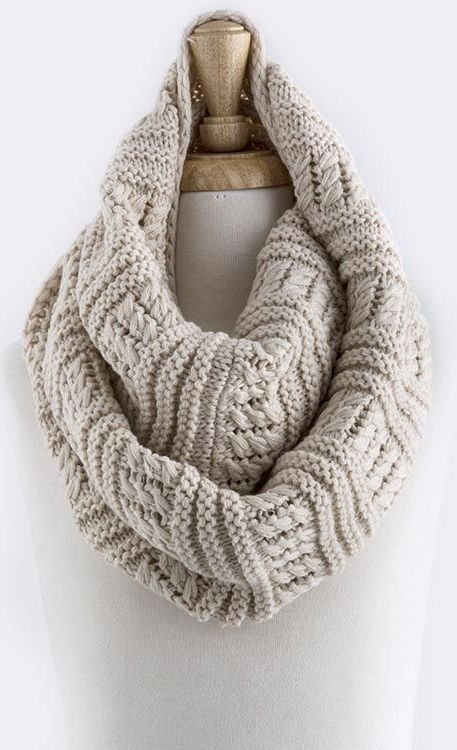 Infinity scarf // textured