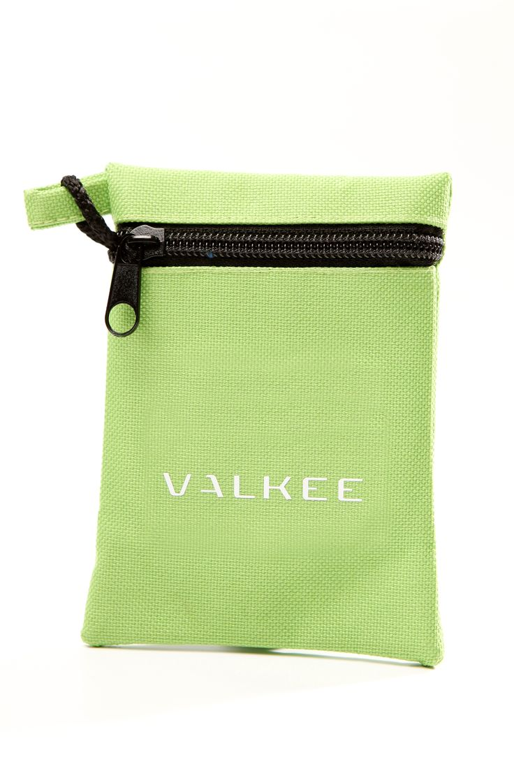 Accessory for Valkee 2 - La Gringa bag in light green.
