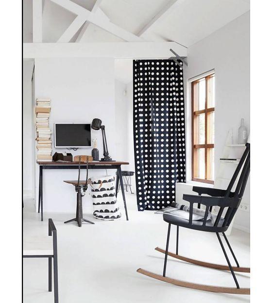 Ferm Living Wasmand zwart/wit katoen Laundry Basket Half Moon 40x60cm - wonenmetlef.nl