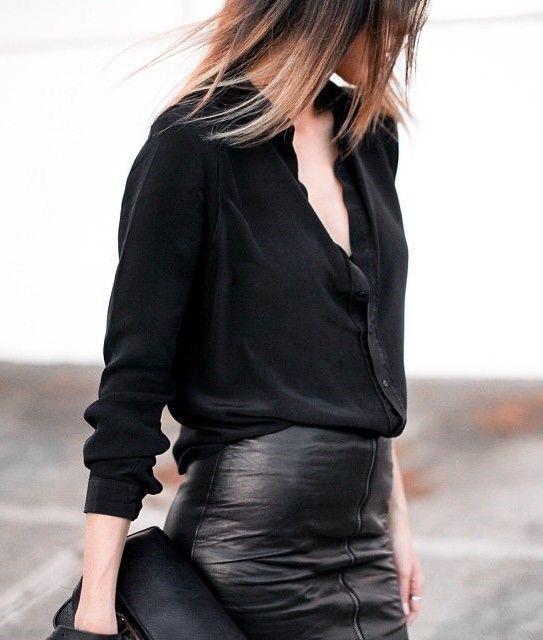 Jupe en cuir + chemisier noir