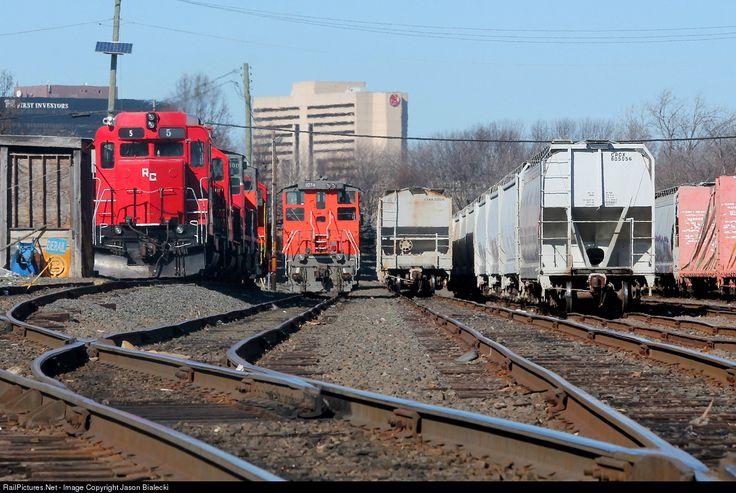 RailPictures.Net Photo: RCRY 5 Raritan Central Railway EMD GP30 at Edison, New Jersey by Jason Bialecki