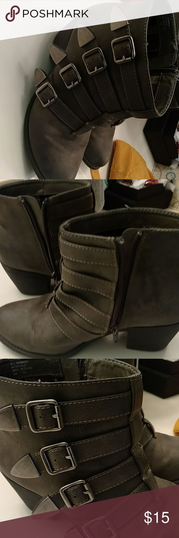 Jellypop booties size 8 Jelly pop booties.  Women's size 8. Very clean and great preowned condition.   Made of suede material.  Has a 2 inch heel.  Zips up the side.  Has 4 buckles on the side. Shoes Ankle Boots & Booties