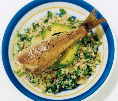 Recept: Couscous-sallad med rökt fisk