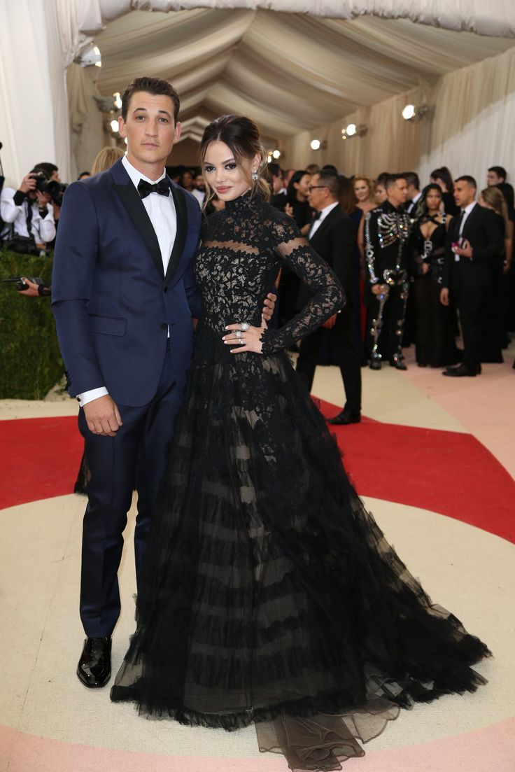 """Watch as guests including Beyoncé, Kylie Jenner and Taylor Swift turn this year's theme — """"Manus x Machina: Fashion in an Age of Technology"""" — into fashion statements."""