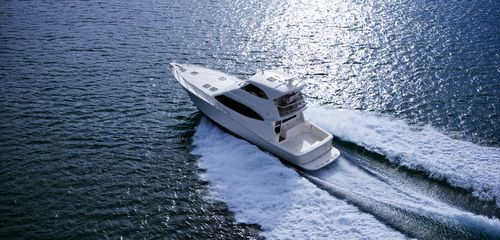 Sport-fishing boat: luxury motor-yacht with enclosed flybridge (convertible) 500 OFFSHORE Maritimo